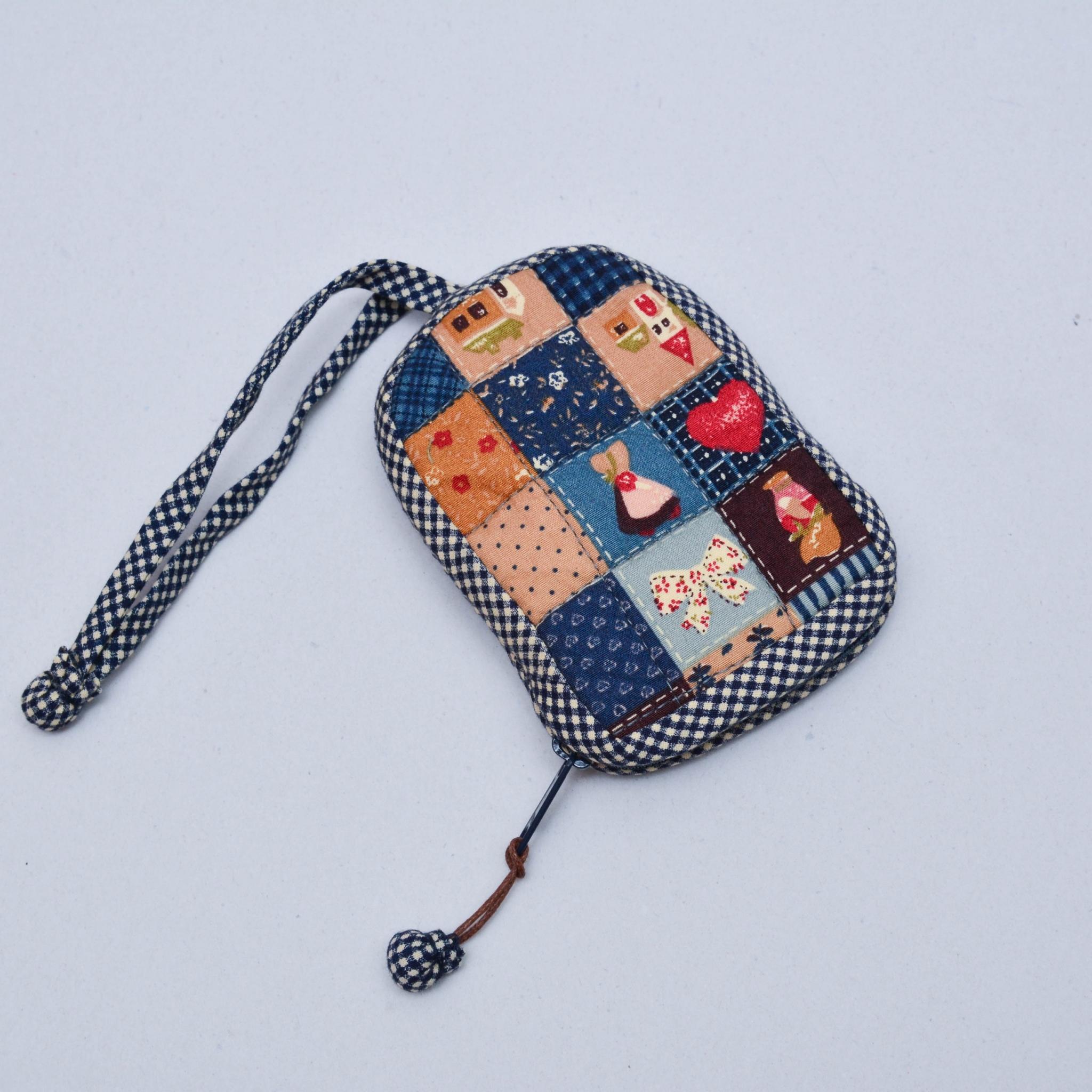 กระเป๋าใส่กุญแจ สีน้ำเงิน No.01