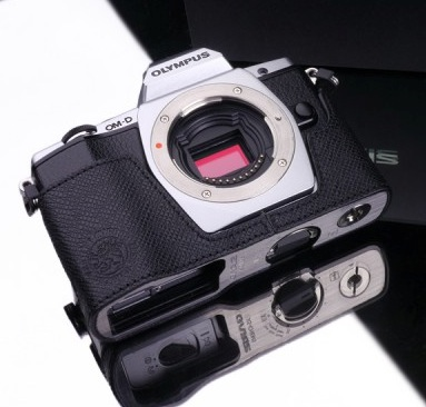 Gariz Leather Half-case for Olympus E-M5: Special Black